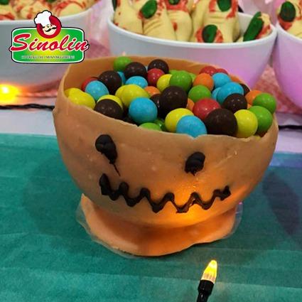 Pumpkin Candy Cups Recipe