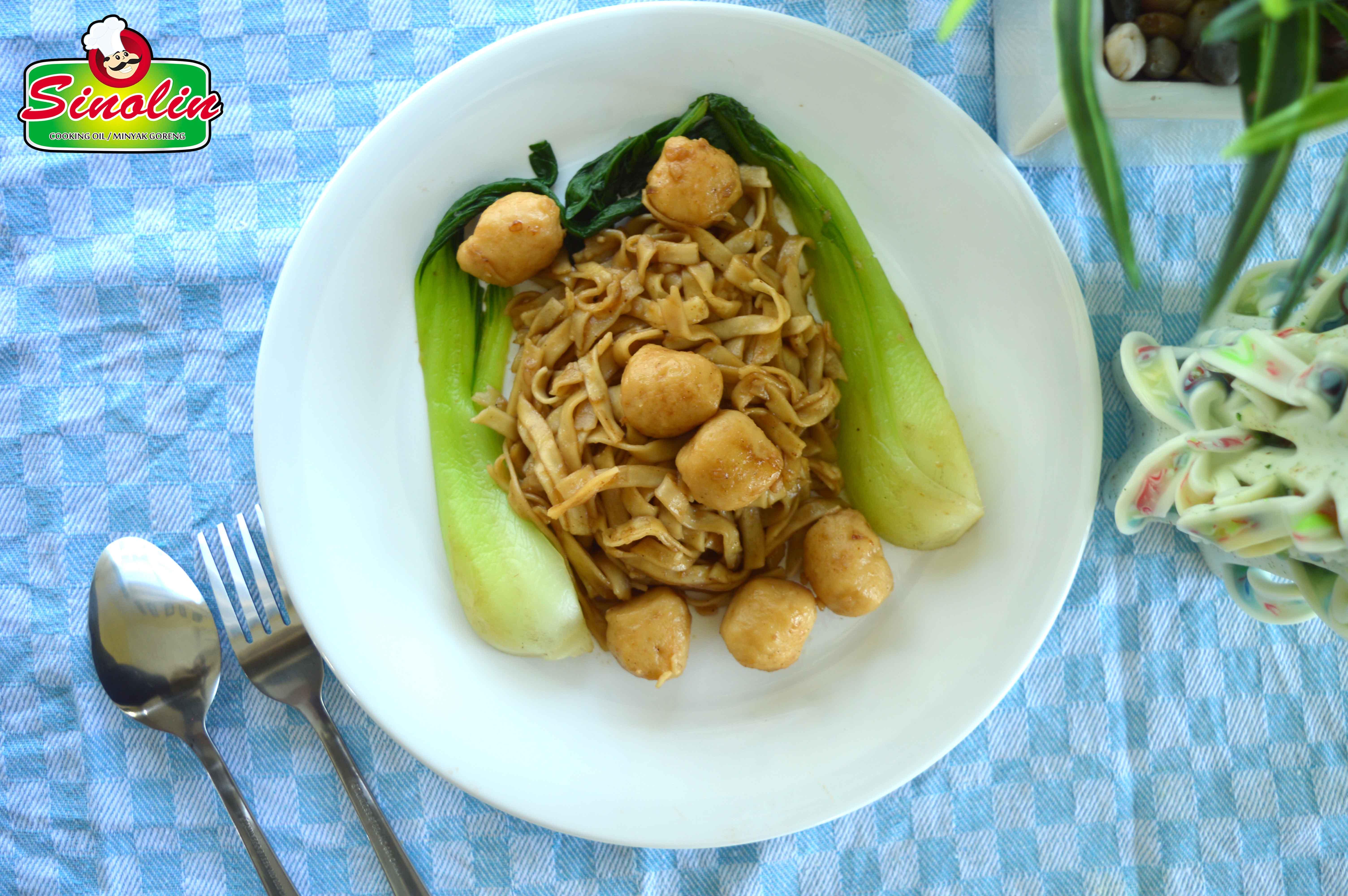 Teriyaki dengan Pak Choy dan Mie oleh Dapur Sinolin