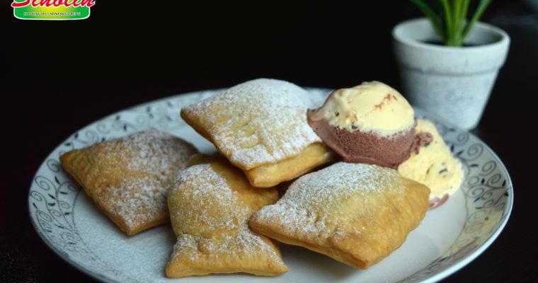 Ravioli manis dengan kacang mete dan coklat oleh Dapur Sinolin