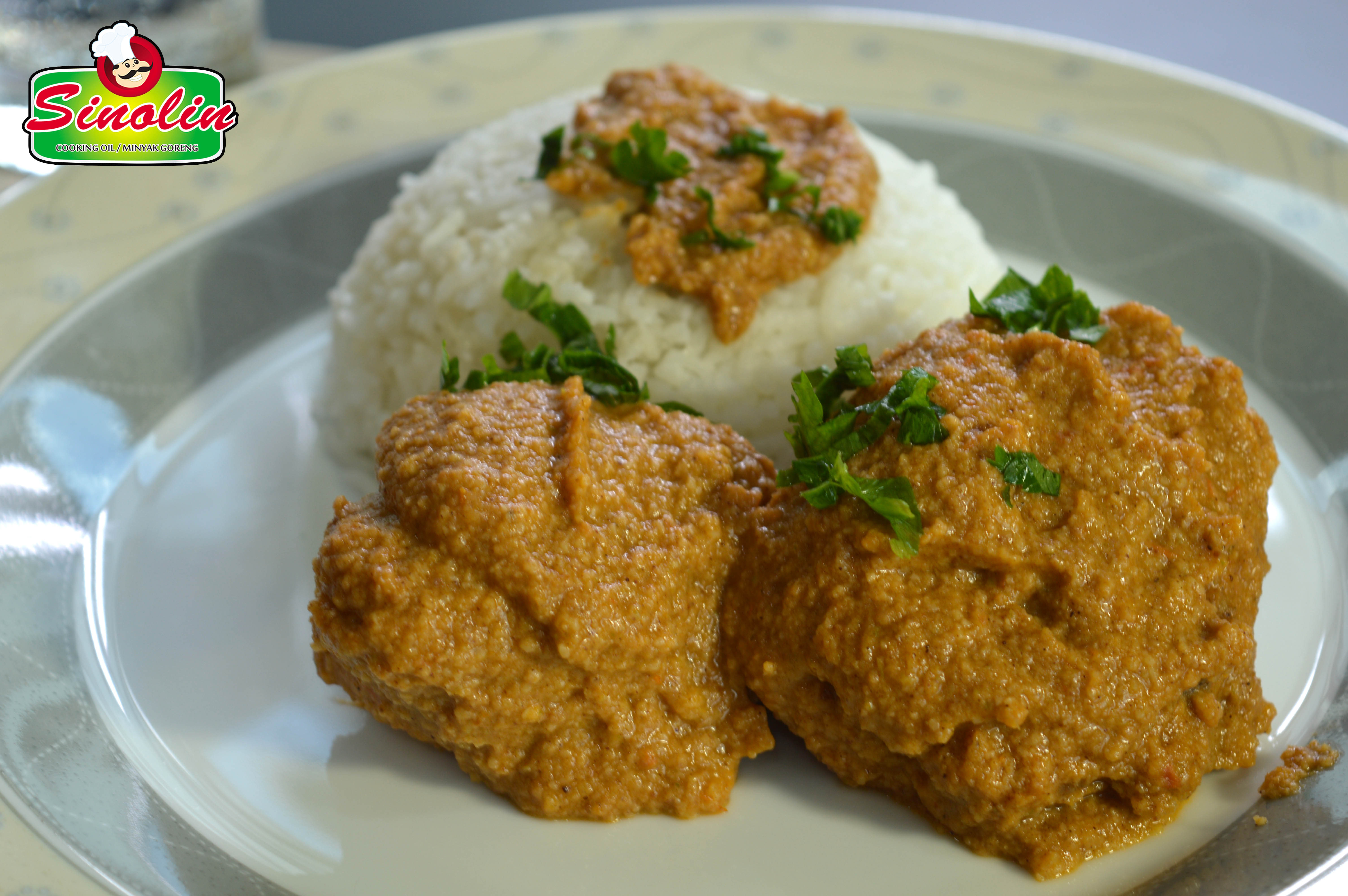 SPICY CHICKEN IN PEANUT SAUCE by Dapur Sinolin
