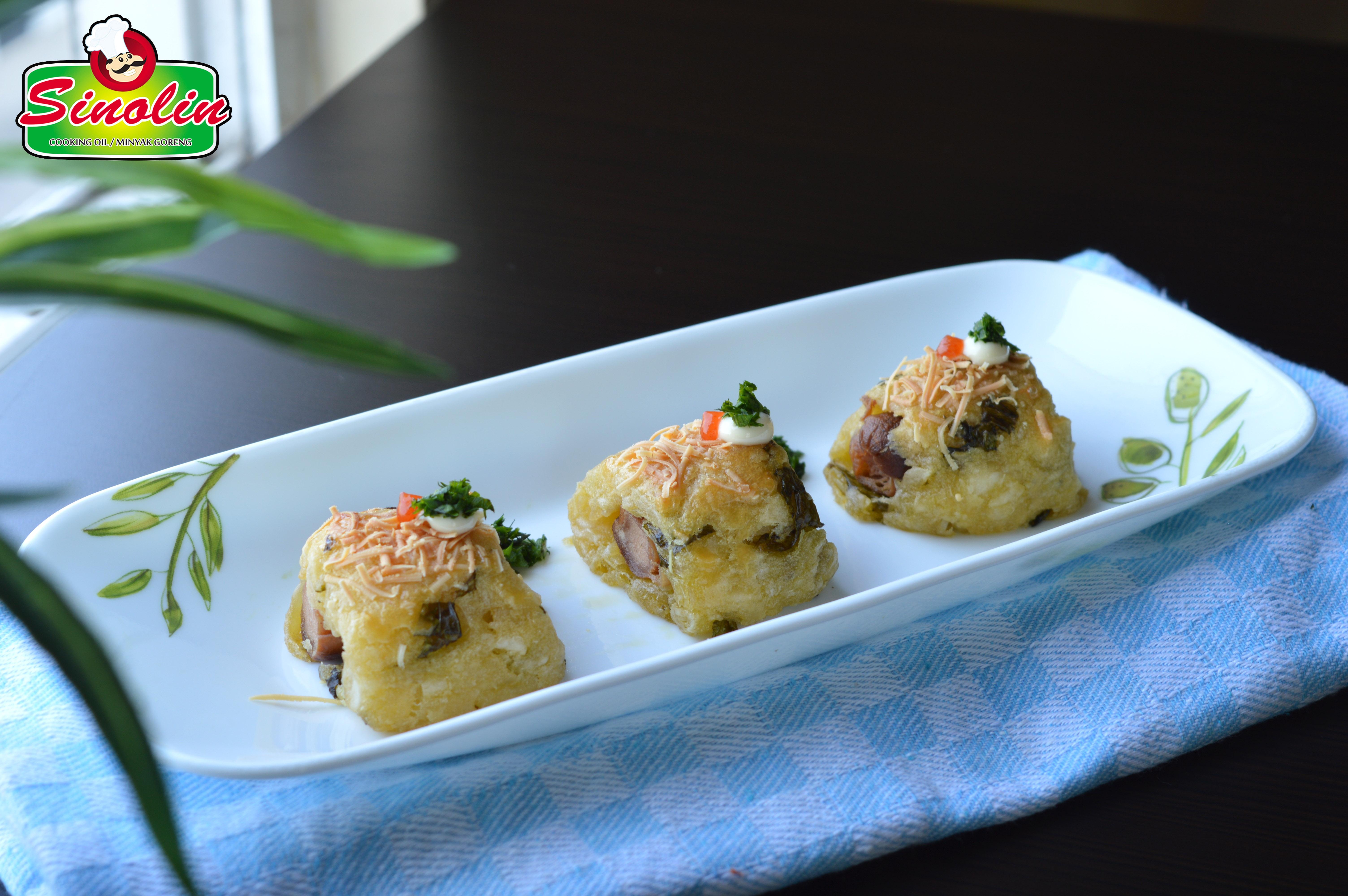 Cassava Roll Sausage Cheese By Dapur Sinolin