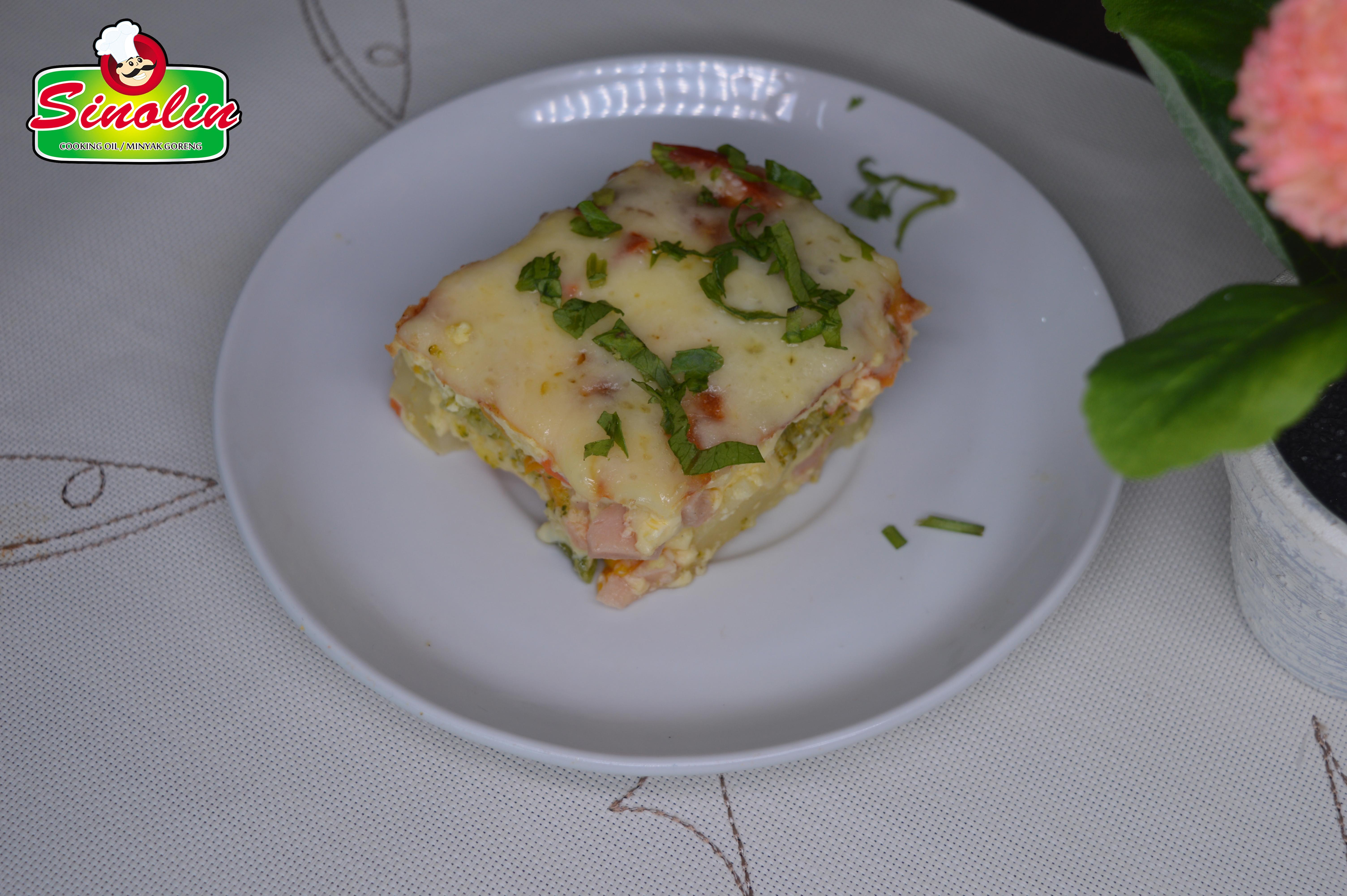 Sosis Sarapan Casserole dengan Sayuran oleh Dapur Sinolin