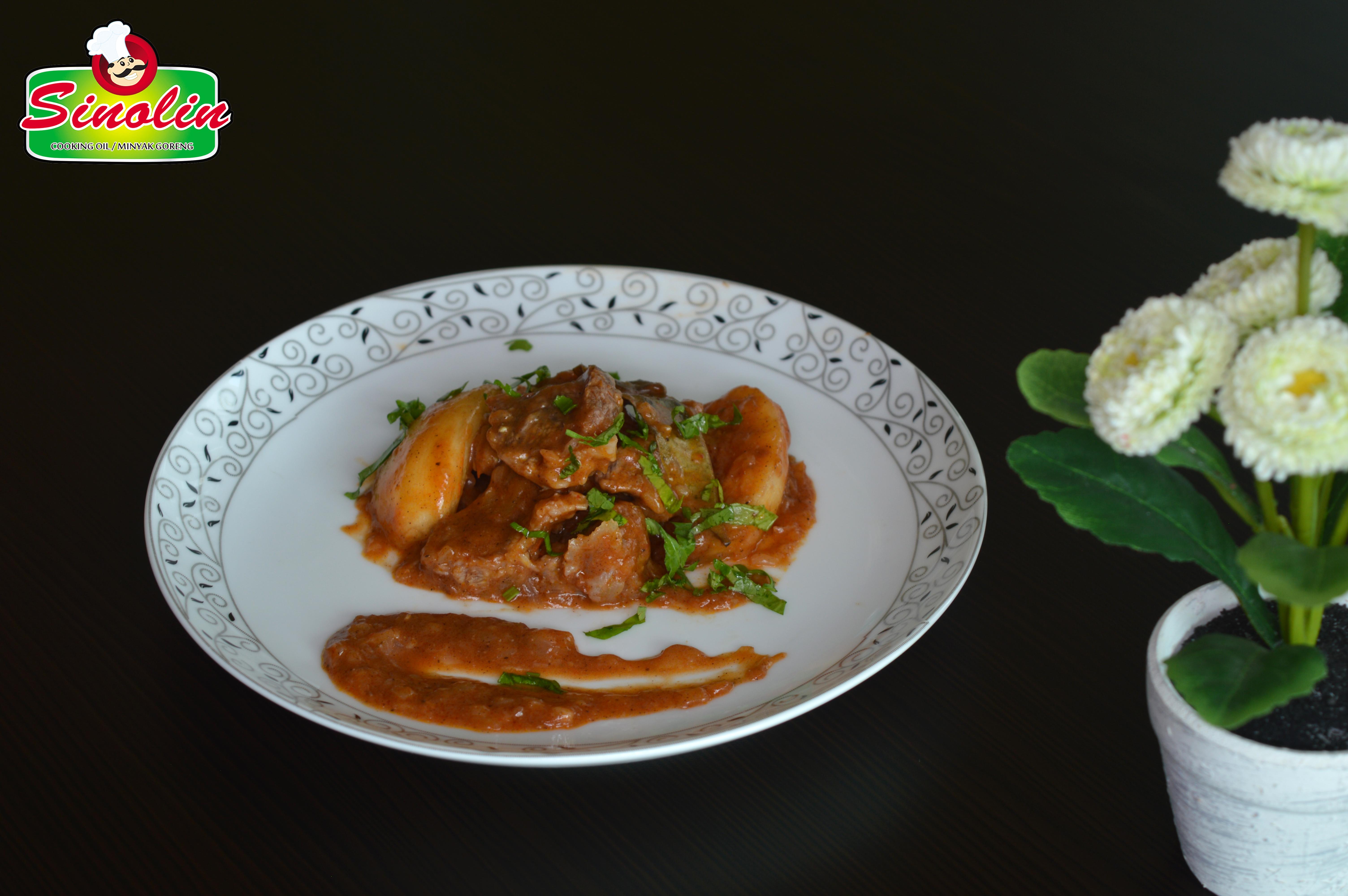 Daging sapi & quince stew oleh Dapur Sinolin
