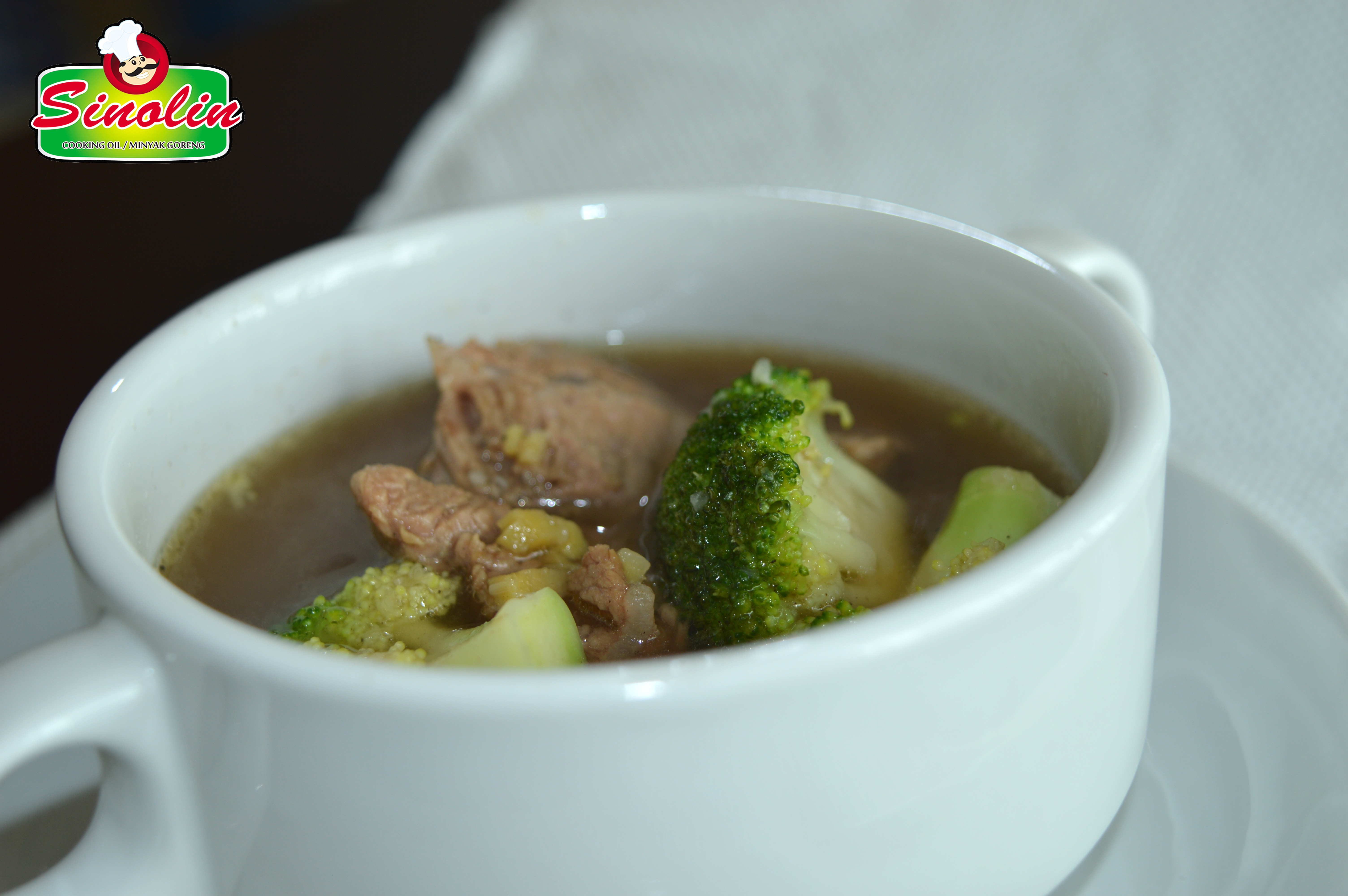 Chinese Beef and Broccoli Soup by Dapur Sinolin