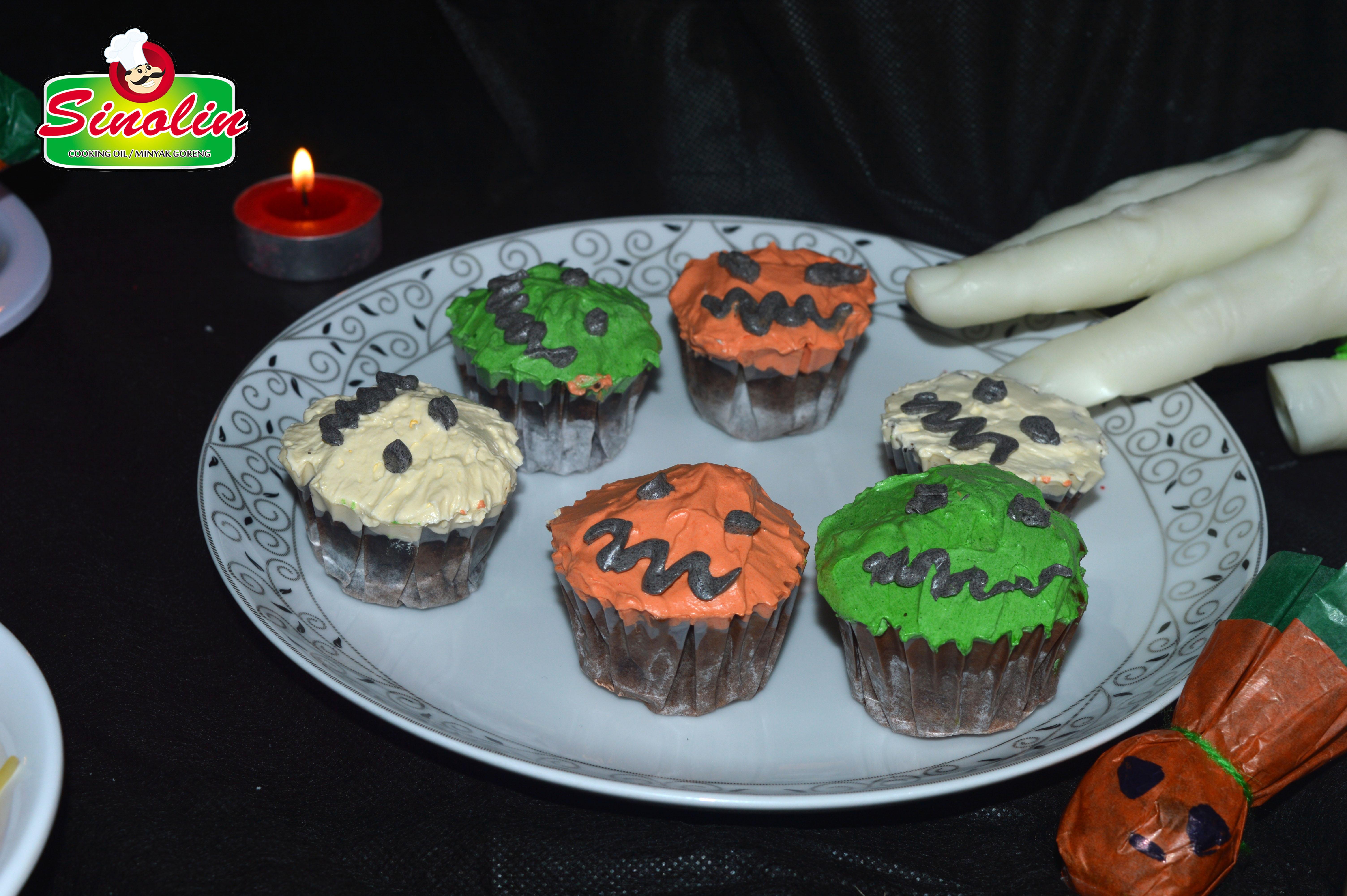 Kue Cupcakes Halloween oleh Dapur Sinolin