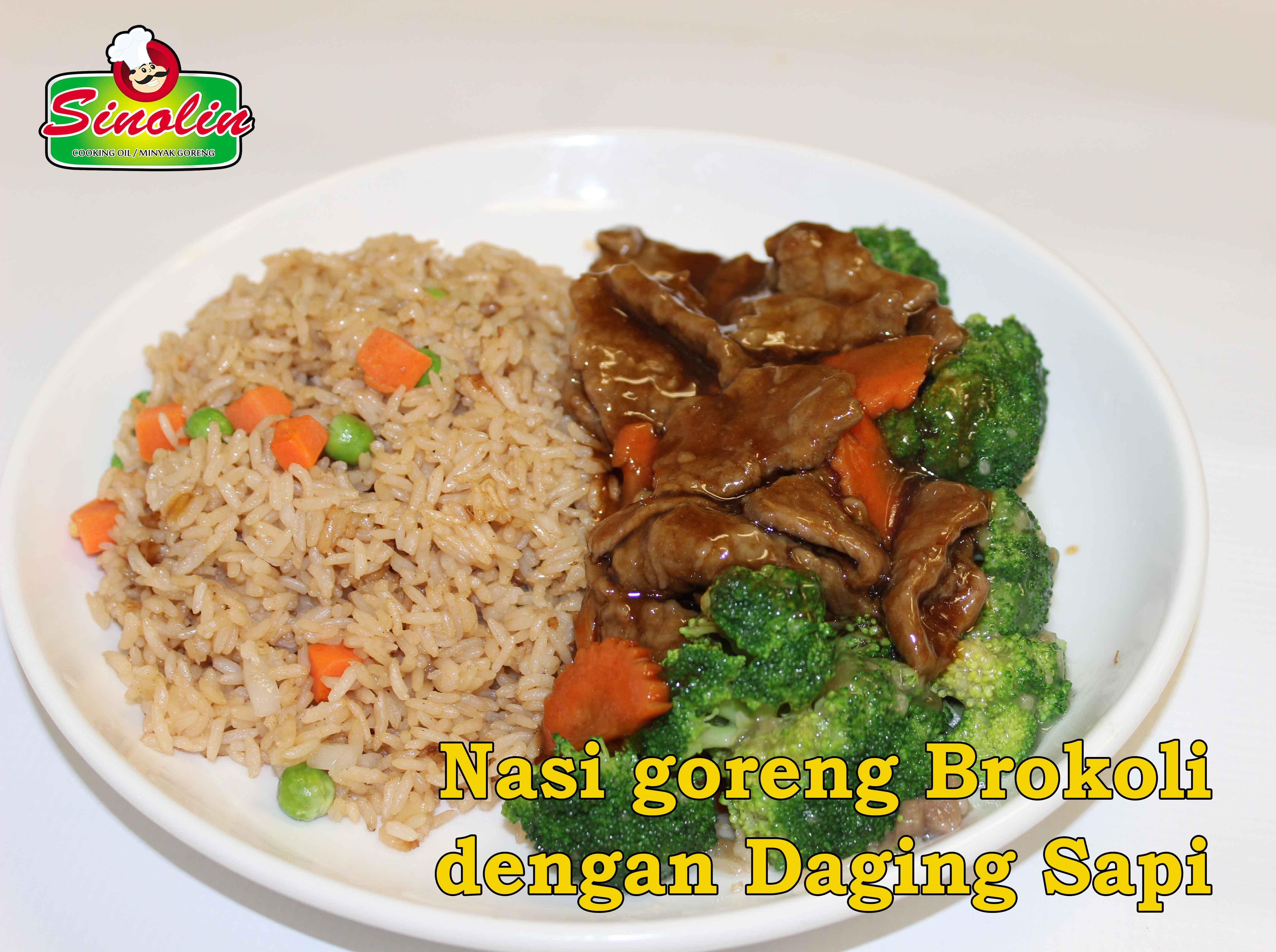Nasi Goreng Brokoli dengan Daging Sapi Oleh Dapur Sinolin