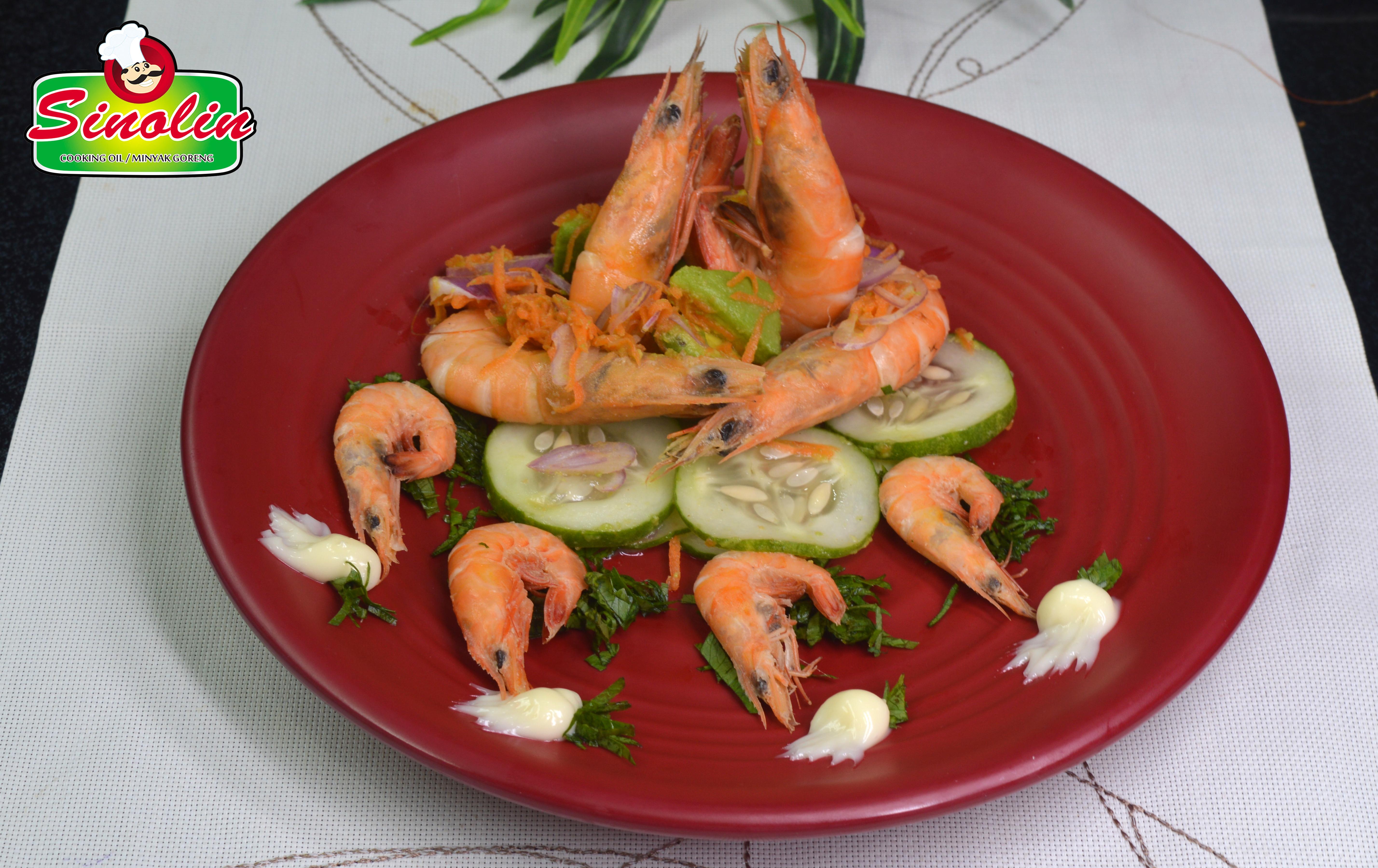 Udang Dengan Jeruk Nipis dan Salad oleh Dapur Sinolin