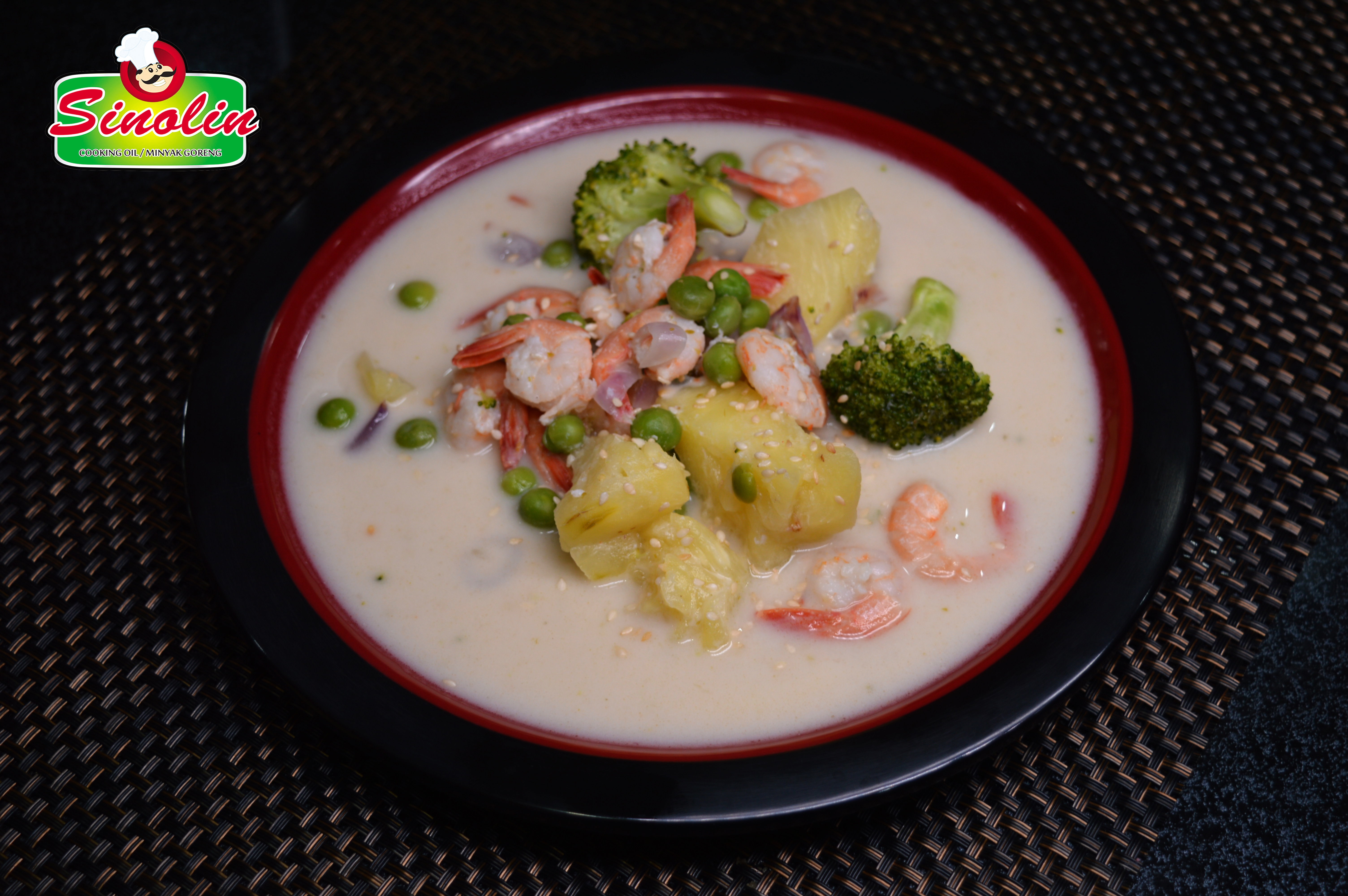 Thai Green Curry with Shrimp and Broccoli By Dapur Sinolin