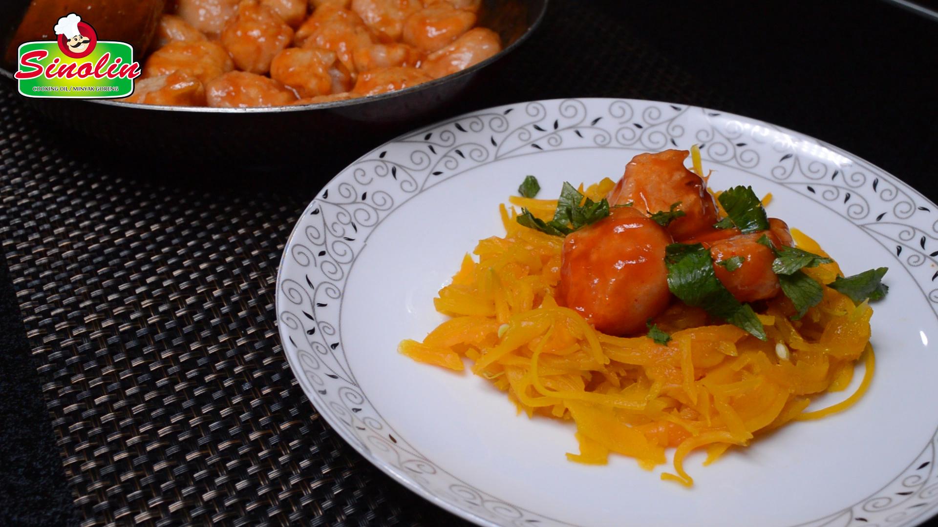 Spageti Labu dengan Bakso Ayam oleh Dapur Sinolin