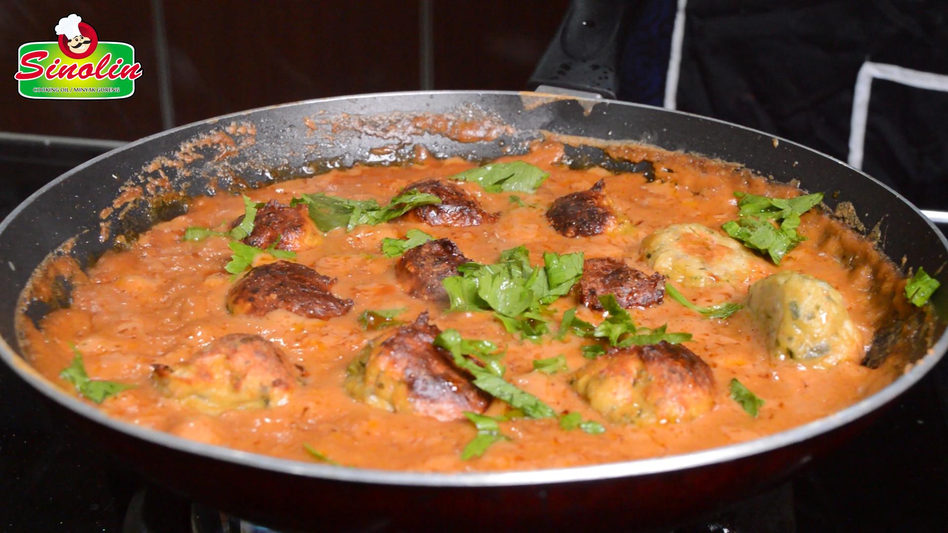 Bakso Ayam dengan Selai Kacang oleh Dapur Sinolin