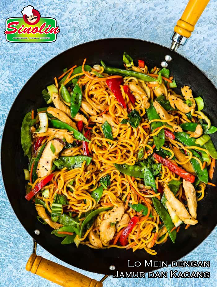 Lo Mein with Mushrooms and  Peas By Dapur Sinolin