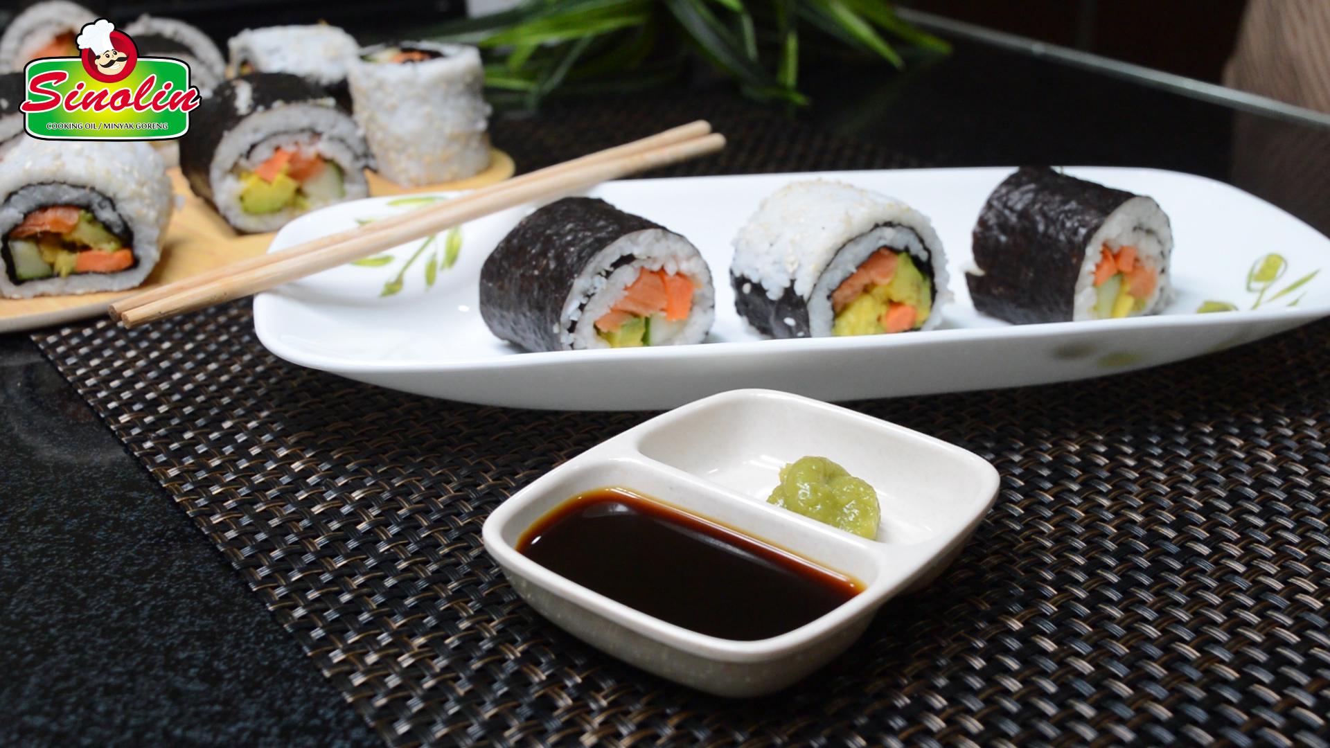Gulungan Sushi Oleh Dapur Sinolin