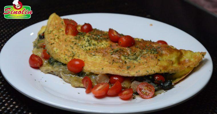 Sosis dan Omelet Bayam oleh Dapur Sinolin