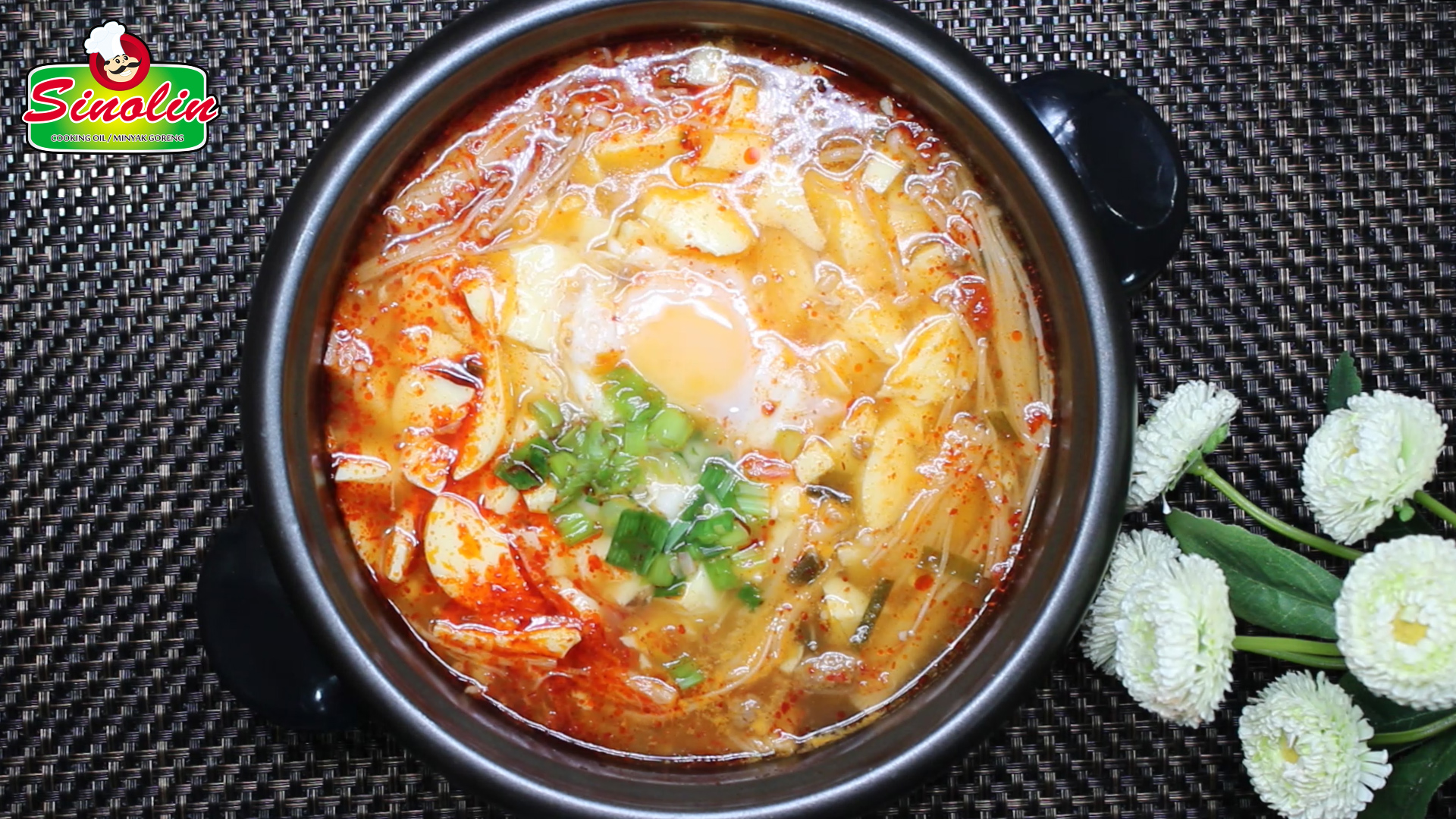 Sundubu Jjigae 순두부 찌개 -Rebusan Tahu Korea Pedas oleh Dapur Sinolin
