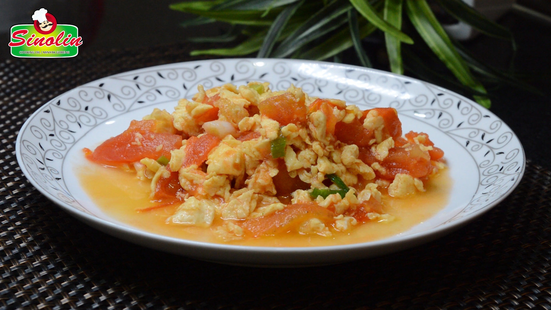 Chinese Tomato and Egg Stir Fry by Dapur Sinolin