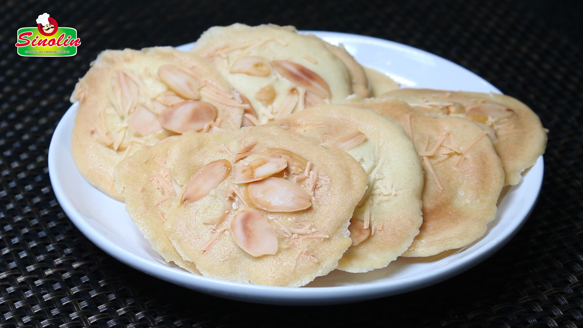 Recipe Crispy Almond Cheese Tuiles by Dapur Sinolin