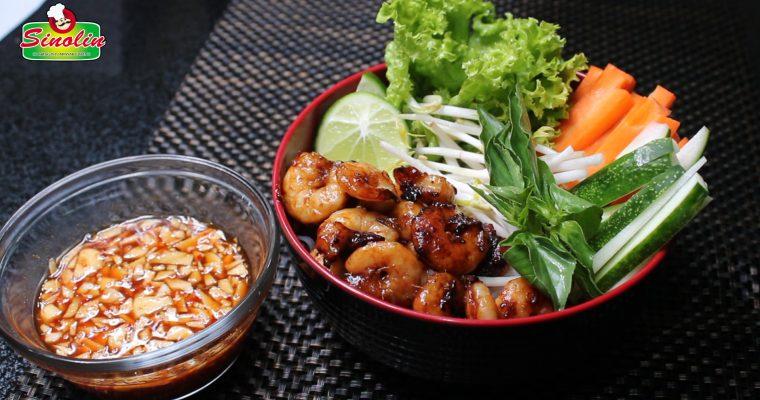 Salad Udang Vietnam dengan Mie Oleh Dapur Sinolin