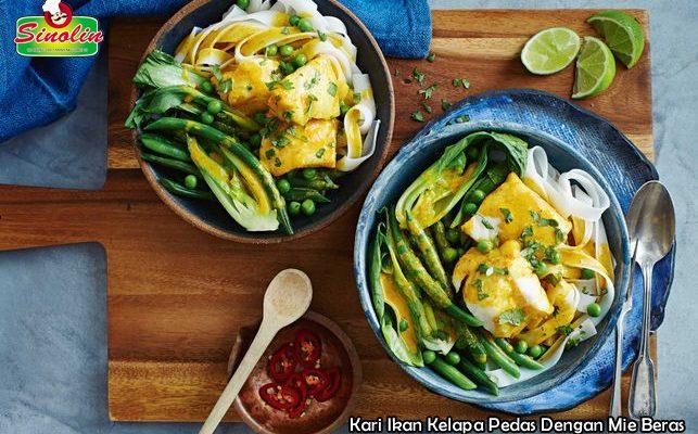 Kari Ikan Kelapa Pedas Dengan Mie Beras Oleh Dapur Sinolin