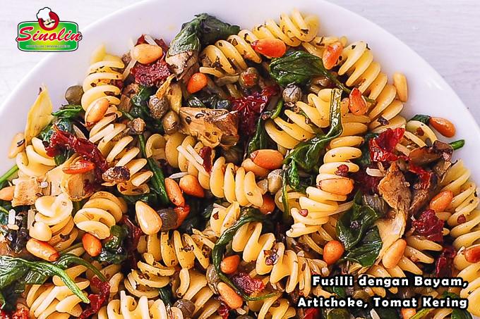 Resep Fusilli Dengan Bayam, Artichoke, Tomat Kering Oleh Dapur Sinolin