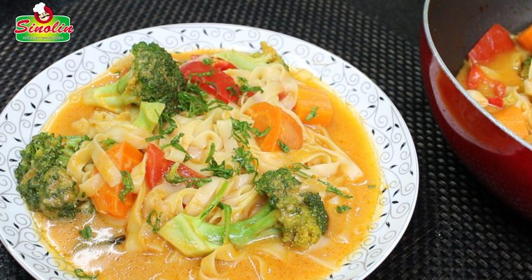 Sup Mie Kari Sayur Oleh Dapur Sinolin