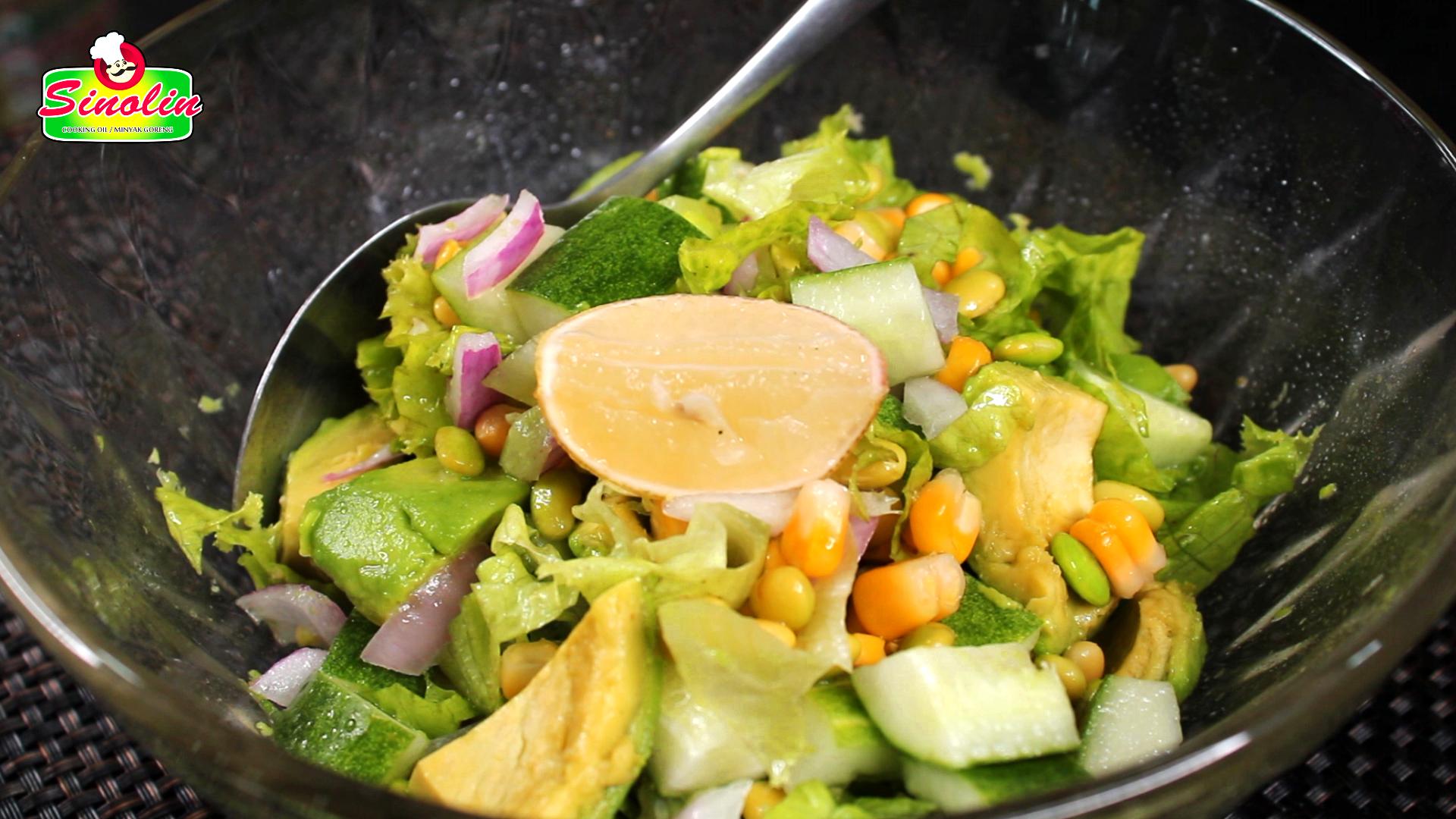 Salad Alpukat Edamame oleh Dapur Sinolin