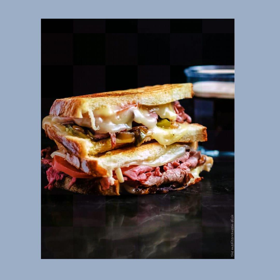 Sandwich Daging Sapi Panggang Panggang Oleh Dapur Sinolin